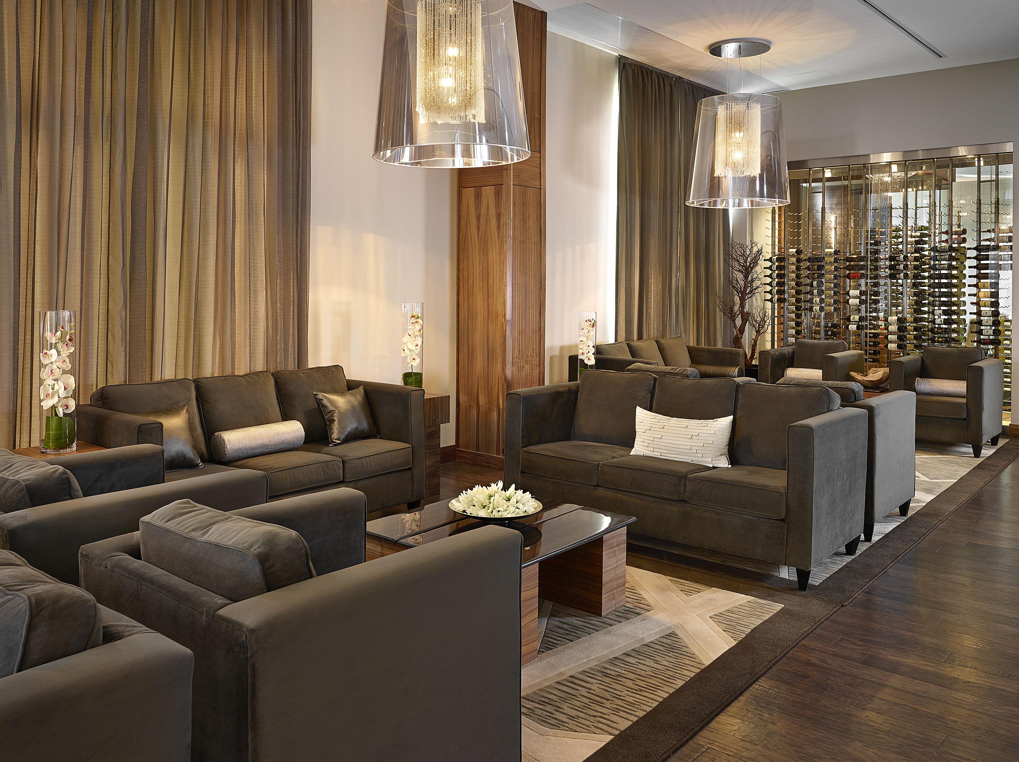 2015 ida awards of excellence jennifer jordan interior for Interior design edmonton